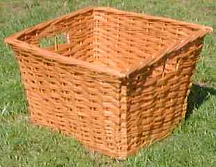 Photo of a basket suitable for a butcher's bike
